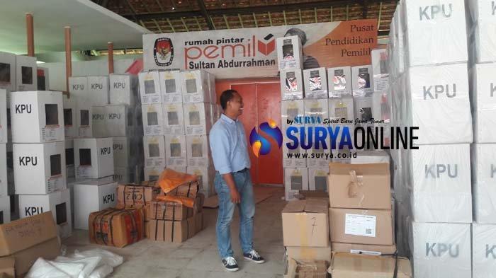 KPU Sumenep Sebut Distribusi Logistik Pemilu 2019 ke Kepulauan Gagal Dikirim Karena 2 Hal Ini