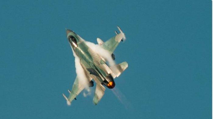 Kronologi Pertempuran Dua Lawan Dua Jet Tempur F-16 TNI AU dan Angkatan Udara Amerika di Pekanbaru