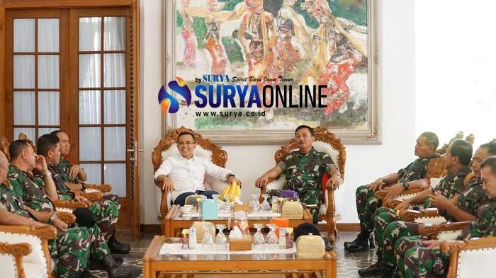 KSAL Laksamana TNI Siwi Sukma Adji Terkesan Kemajuan Banyuwangi, Janjikan KRI Bima Suci Berlabuh