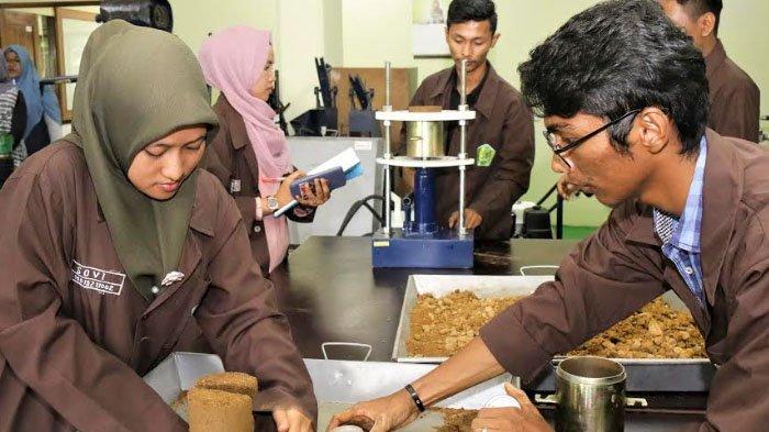 Dukung SDM Unggul, Semen Indonesia Bangun Laboratorium Senilai Rp 1 Miliar