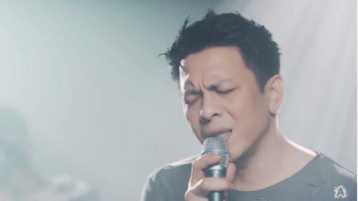 Chord & Lirik Lagu Bukannya Aku Takut - Ariel NOAH feat Mirriam Eka Kunci C, Trending YouTube