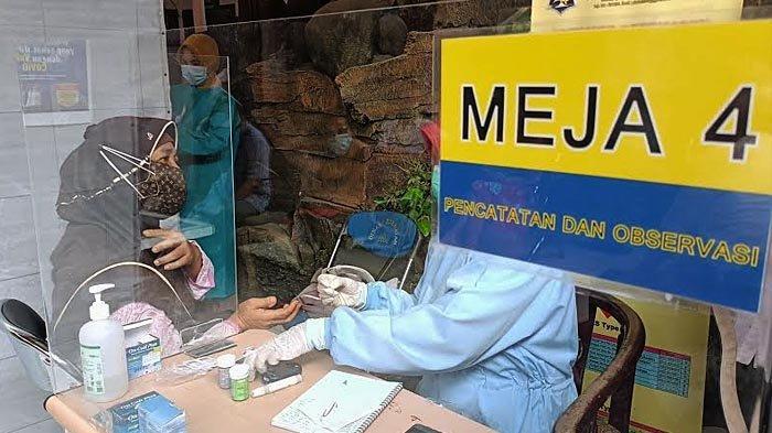 Vaksinasi Gelombang Kedua di Surabaya, Lansia Juga Mulai Disuntik Vaksin Covid-19