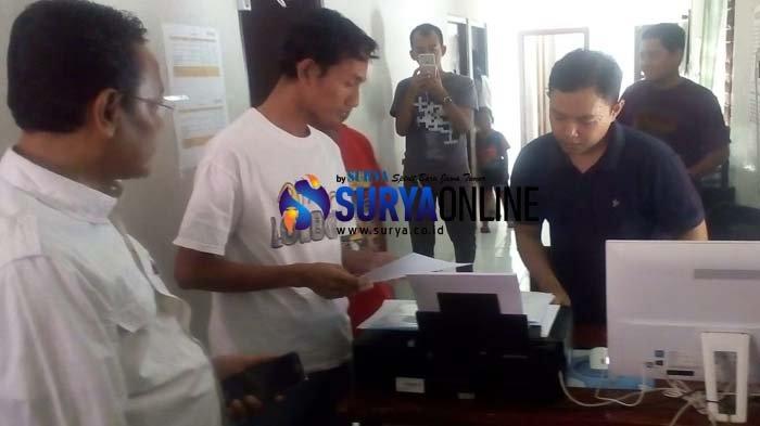 Relawan Cagub-Cawagub Lamongan Lapor ke Panwas Soal Dugaan Money Politic