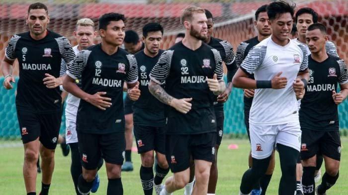 Manajemen Madura United Ogah Komentar Soal Penundaan Kick Off Liga 1, Ini Alasannya