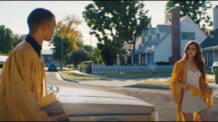 Lirik dan Chord Lagu Graduation - Benny Blanco ft Juice WRLD yang Viral di TikTok, 'As We Go On'