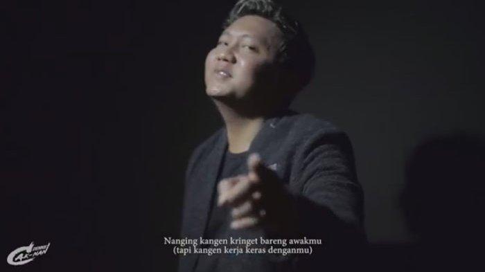 Lirik Lagu dan Chord Kunci Gitar Los Dol Denny Caknan, Video Klip Ada Dodit Mulyanto dan Agus Kotak