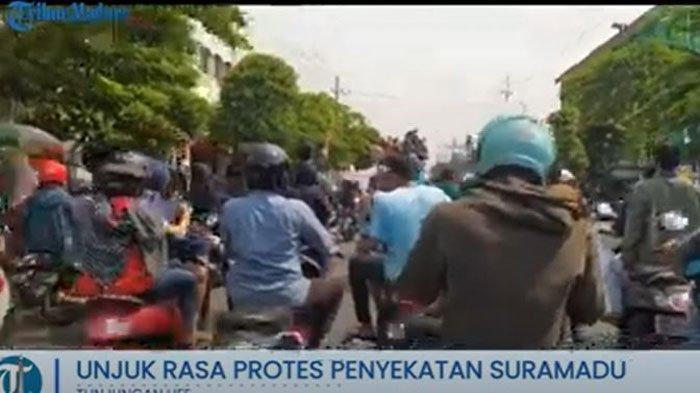 LIVE Streaming Demo Warga Madura Protes Penyekatan dan Swab Test Massal di Jembatan Suramadu