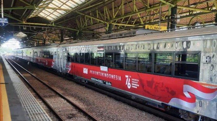 Semarak Kemerdekaan RI, KAI Daop 8 Hadirkan Livery Khusus Pada Kereta Api : Bermakna Persatuan