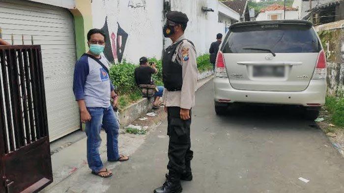 BREAKING NEWS Densus 88 Amankan Terduga Teroris di Tuban
