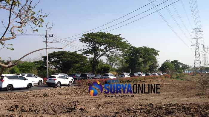 Bikin Macet Parah, Proyek Pipa Umbulan Dikeluhkan Warga Citraland Surabaya