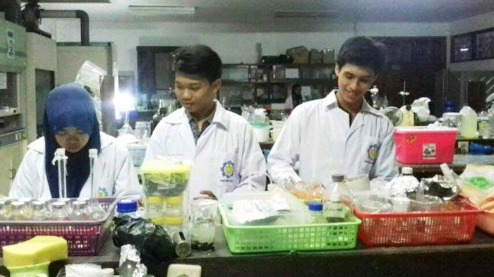 3 Mahasiswa ITS Temukan Obat Kanker, Senyawa Kuersetin pada Bawang Merah Berkhasiat Cegah Kanker