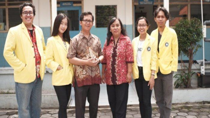 Di Tengah Pandemi, Mahasiswa Bantu Promosikan Sekolah yang Sepi Peminat