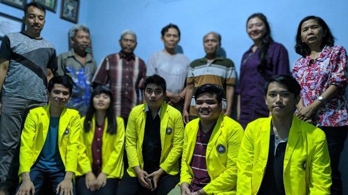 Mahasiswa UKDC Surabaya Belajar dan Sharing Pengetahuan di Kampung Tempe Surabaya