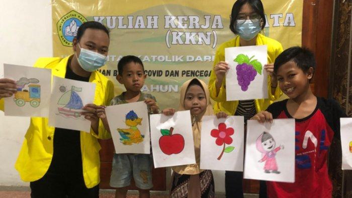 Mahasiswa UKDC Ajak Anak-anak di Kediri Ikut Mencegah Pandemi Covid-19
