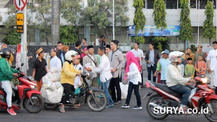 Satgas Covid-19 Melarang Aktivitas Bagi-bagi Takjil Selama Bulan Puasa di Surabaya