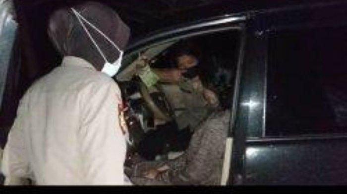 Sejoli mahasiswa dan mahasiswi berhubungan badan di mobil dan tepergok lalu diamankan Dit Samapta Polda Kepulauan Bangka Belitung, Sabtu (20/2/2021).
