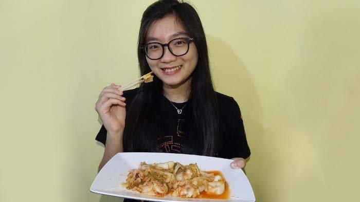 Sosok Marcella Reina Terinspirasi Drama Korea Buat Kimchi Sehat di Tengah PPKM Darurat