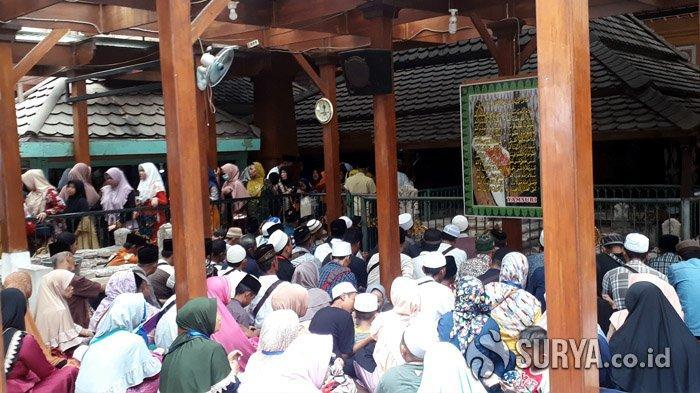 Libur Nataru, Wisata Religi di Gresik Ramai Pengunjung dari Berbagai Daerah