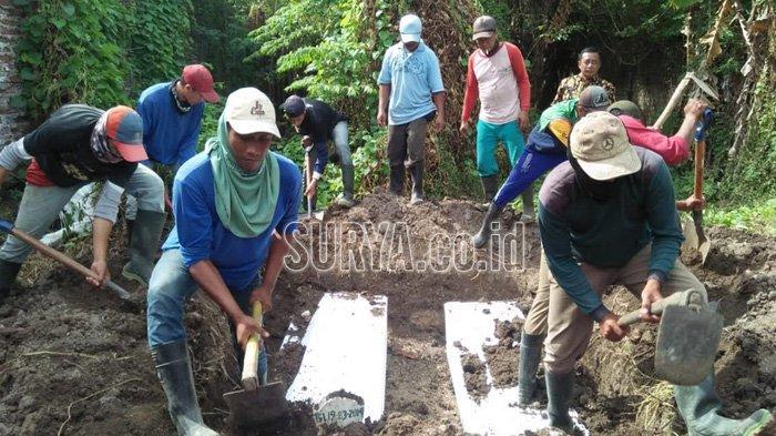 Dita Oepriyanto dan Dua Anaknya Dikubur di Sidoarjo, Warga Sebut Lokasinya 'Makam Teroris'