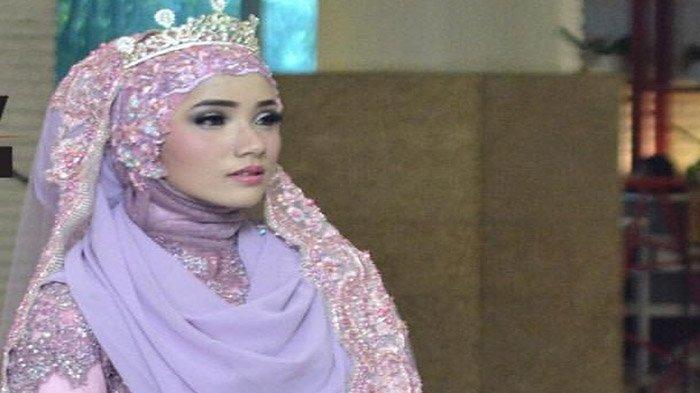 Make Up Sesuai Syariat ala Nurhayati Dwi Kirana, Begini Caranya