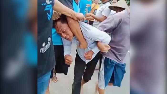 Maling Spesialis Sasar Masjid di Jember Ditangkap, Dihajar Warga Baru Diserahkan ke Polisi