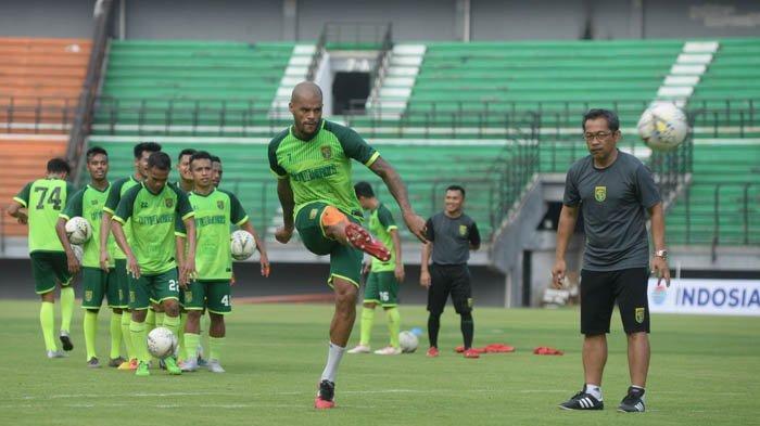 UPDATE Renegosiasi Kontrak David da Silva dengan Persebaya Surabaya, Candra Wahyudi : Tunggu Saja