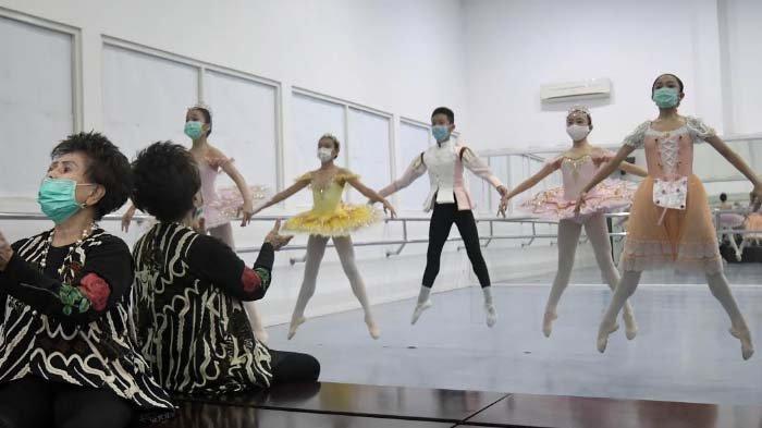 Di Tengah Pandemi, Siswa Marlupi Dance Academy Tetap Latihan dengan Protokol Kesehatan Ketat