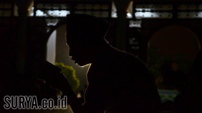 Doa Shalat Hajat untuk Permohonan agar Segera Dikabulkan Allah SWT, Lengkap Arab dan Terjemahan