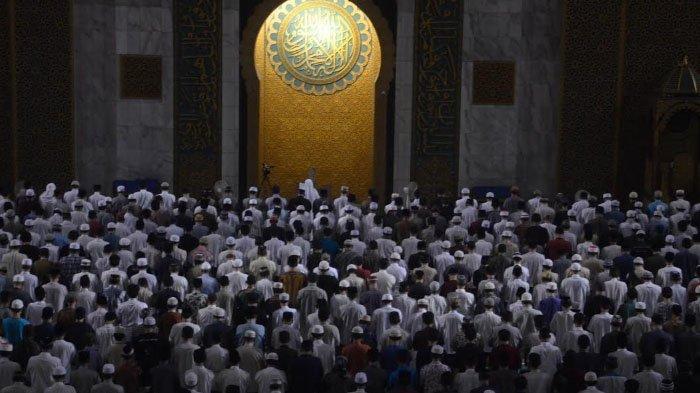 Hari Ini Malam Ganjil 27 Ramadan 1442 H: Ini Amalan dan Bacaan Doa Lailatul Qadar