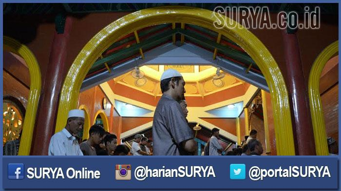 GALERI FOTO - Suasana Salat Tarawih Pertama di Masjid Cheng Hoo Surabaya - masjid-muhammad-cheng-hoo-surabaya-2_20160605_201400.jpg