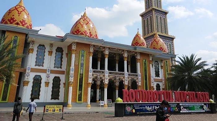 Masjid Ikonik Roudhotul Muchlisin Jember Hanya Akan Buka untuk 300 Jemaah Saat Salat Id