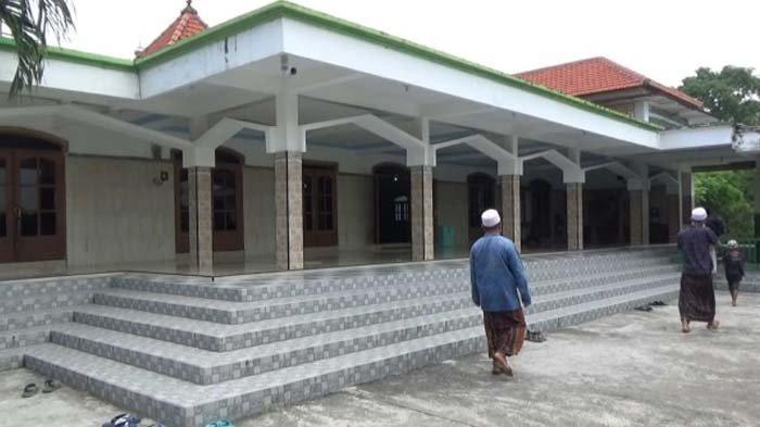 Masjid Tertua di Jawa, Masjid Pesucinan di Manyar Gresik Dibangun Syekh Maulana Malik Ibrahim