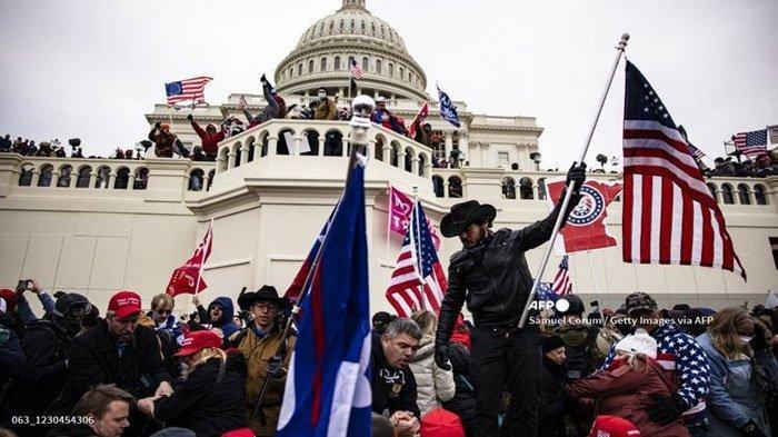 Update Terbaru Kerusuhan Massa Pendukung Donald Trump di Gedung Capitol, Twitter Beri Ancaman ini