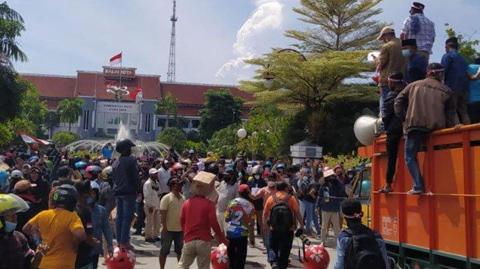 Koalisi Masyarakat Madura Bersatu: Hentikan Tes Swab Antigen di Suramadu, Alihkan ke Tempat Karaoke