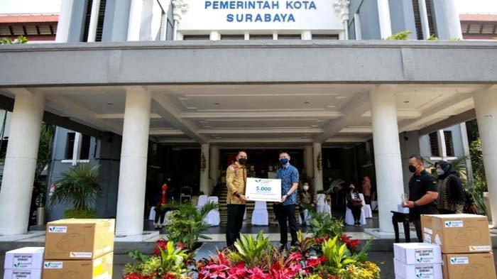 Mayapada Salurkan 5.000 Paket Sembako dan 10 Unit Alat Bantu Pernapasan kepada Pemkot Surabaya
