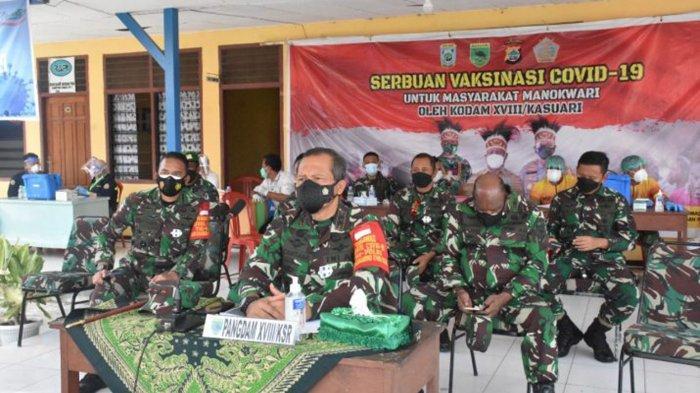 Eks Danjen Kopassus Mayjen TNI I Nyoman Cantiasa Perluas Vaksinasi Covid-19 Gratis di Papua Barat