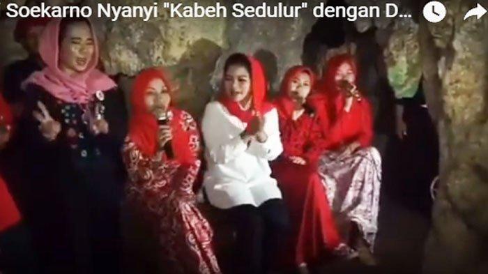 VIDEO - Di Pacitan Mbak Puti Nyanyi 'Kabeh Sedulur' Diiringi Alunan Musik Batu