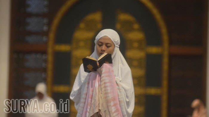 Doa Nuzulul Quran 17 Ramadan dengan Terjemahan & 4 Amalan yang Dianjurkan Menurut Hadist