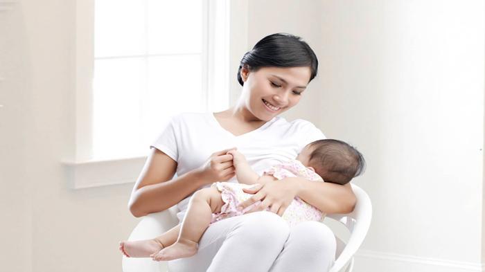 Bergembiralah Ibu Menyusui, Ikut Vaksin COVID, Anti Body Muncul di ASI, Bayi Ikut Aman