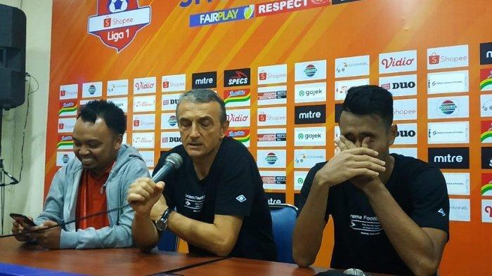 Arema FC Kalahkan Bali United, Pelatih Milomir Seslija Heran Aremania Lempar Flare