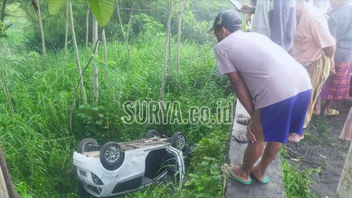 Mobil Tabrak Jembatan dan Masuk Jurang di Kabupaten Lumajang, Tewaskan Satu Orang