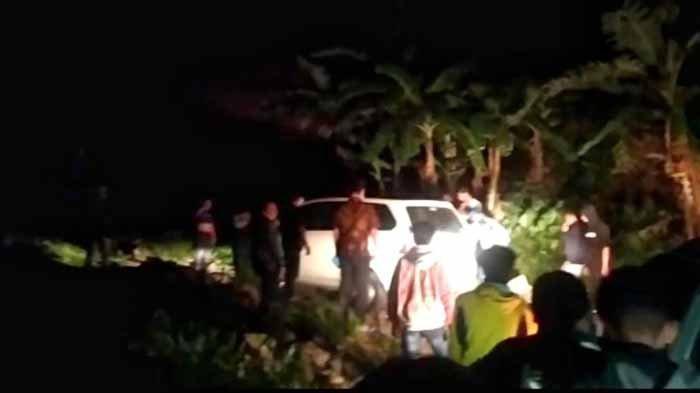 Google Maps Sesatkan Sopir Xenia, Mobil Tiba-tiba di Hutan Pacet Mojokerto di Malam Jumat, Merinding