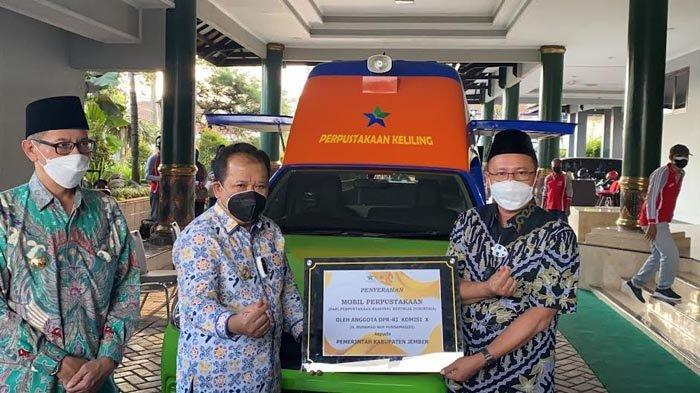 Pemkab Jember Dapat Bantuan Mobil Perpustakaan Keliling dan Program Indonesia Pintar