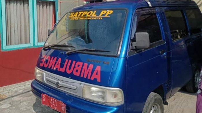 Mobil Operasional Satpol PP Kota Mojokerto Jadi Ambulans, Layani Pasien Isoman ke Faskes