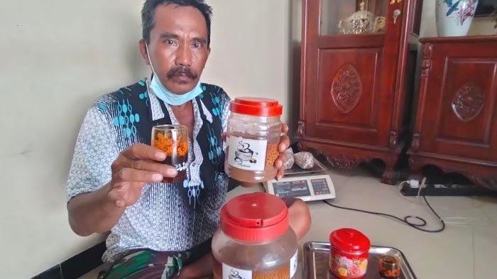 Mochammad Fadli Raup Jutaan Rupiah dari Kopi Rempah Madura