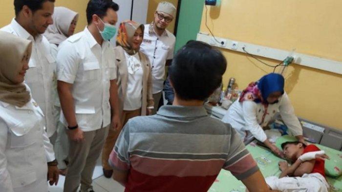Anggota DPR Moreno Soeprapto Kunjungi Pelajar SMPN 16 Kota Malang yang Jadi Korban Bullying