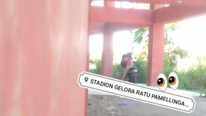 VIRAL Video Muda-Mudi Ciuman Panas di Area Stadion Pamekasan Madura, Satpol PP Langsung Bergerak