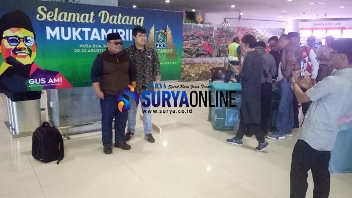 Panitia Muktamar PKB ke-5 Sambut Muktamirin Sejak Pintu Kedatangan Bandara I Gusti Ngurah Rai Bali