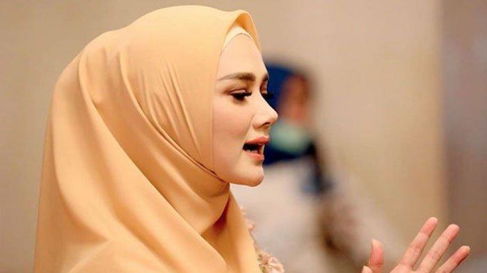 Mulan Jameela Dapat Teror Misterius Setelah 10 Hari Jadi Anggota DPR, Istri Ahmad Dhani Curigai ini