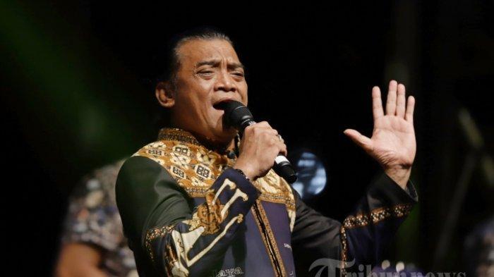 Hujan Tangis Sobat Ambyar Antar Didi Kempot di Ngawi, Guru Spiritual Jokowi : Dia Sosok Panutan